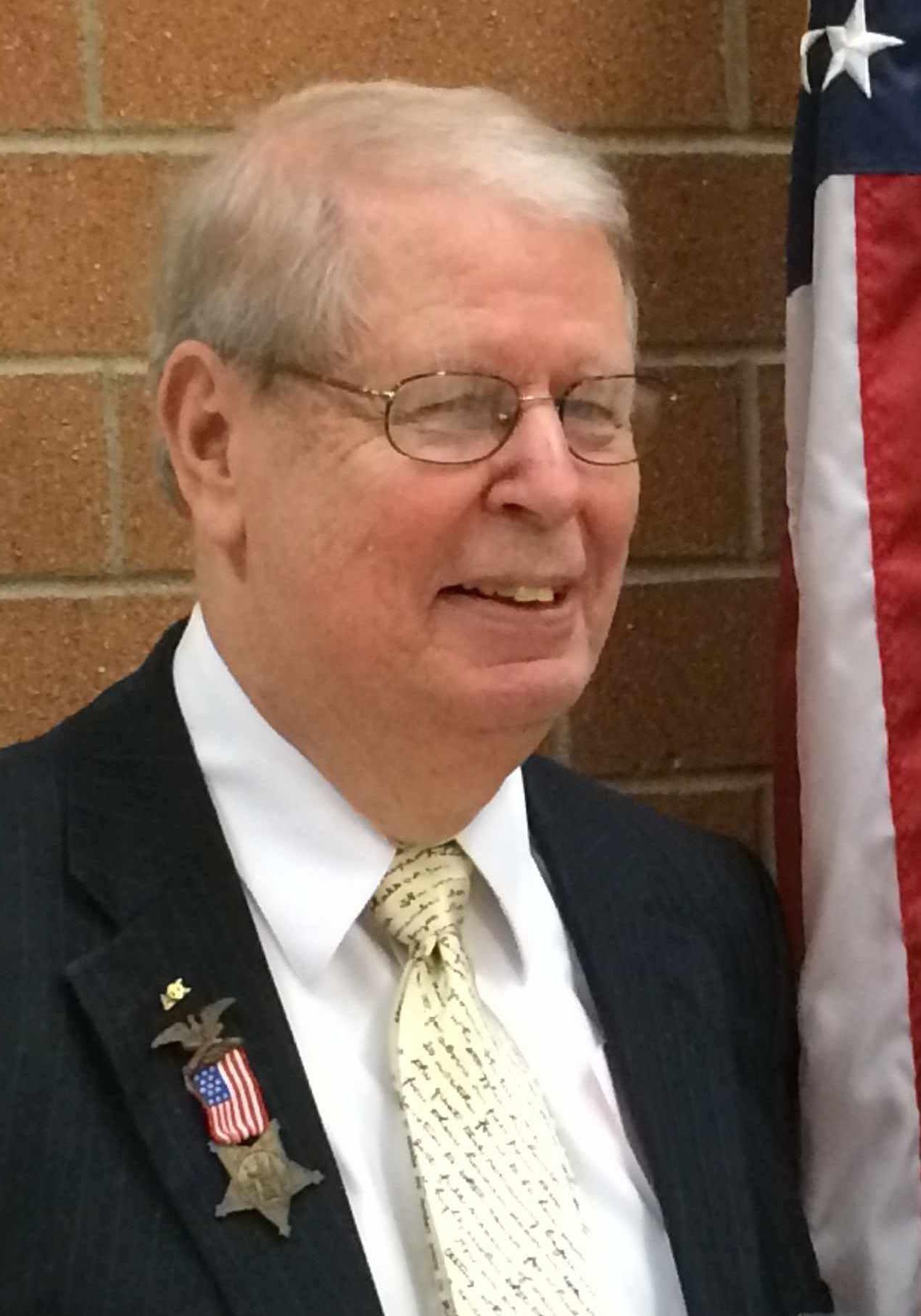 Len Thomas